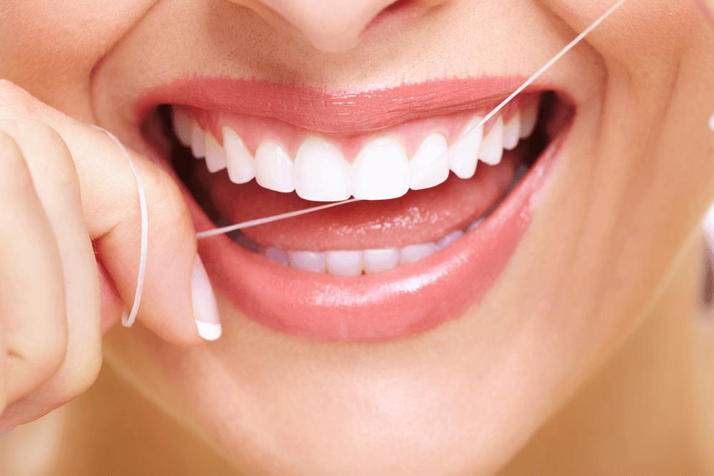 Уход за полостью рта – ежедневная процедура, которую выполняют миллиарды людей во всем мире, однако, далеко не всем известен тот факт, что более 70% л